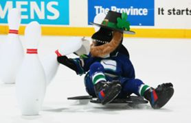 Canadian mascot photo gallery
