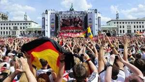 DFB Fans WM 07152015