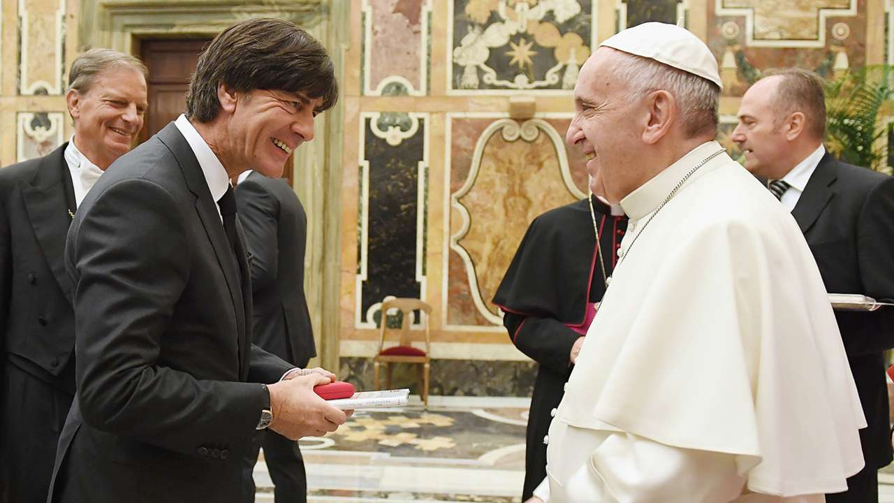 Jogi Löw Pope Francis 11142016