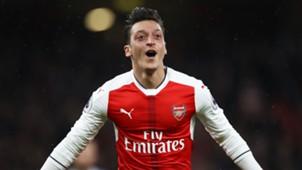 Mesut Özil 12102016