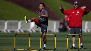 Thiago FC Bayern München Doha Katar Training 06012016