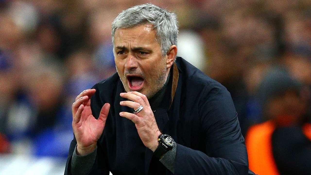 Jose Mourinho FC Chelsea 12092015