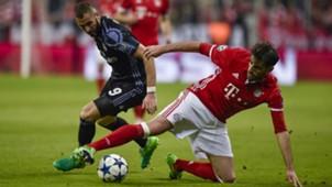 KARIM BENZEMA REAL MADRID JAVI MARTINEZ BAYERN MÜNCHEN UEFA CHAMPIONS LEAGUE 12042017