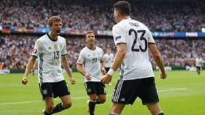 Thomas Muller Mario Gomez Germany Northern Ireland European Championship 21062016