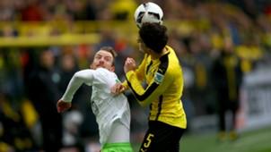 Marc Bartra Maximilian Arnold Borussia Dortmund VfL Wolfsburg Bundesliga 18022017