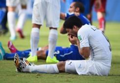 Luis Suarez Giorgio Chiellini Uruguay Italy 2014 World Cup 06242014