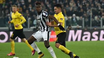 Paul Pogba Ilkay Guendogan Juventus v Borussia Dortmund - UEFA Champions League 02242015