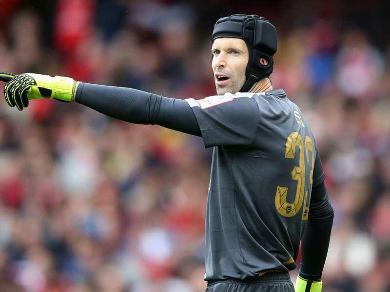 """Petr Cech: """"Estou surpreso com a situação do Chelsea"""""""