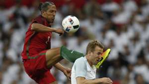 Bruno Alves Harry Kane England Portugal 06022016