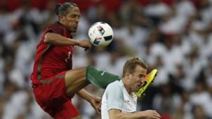 Bruno Alves Harry Kane England Portugal 06022016