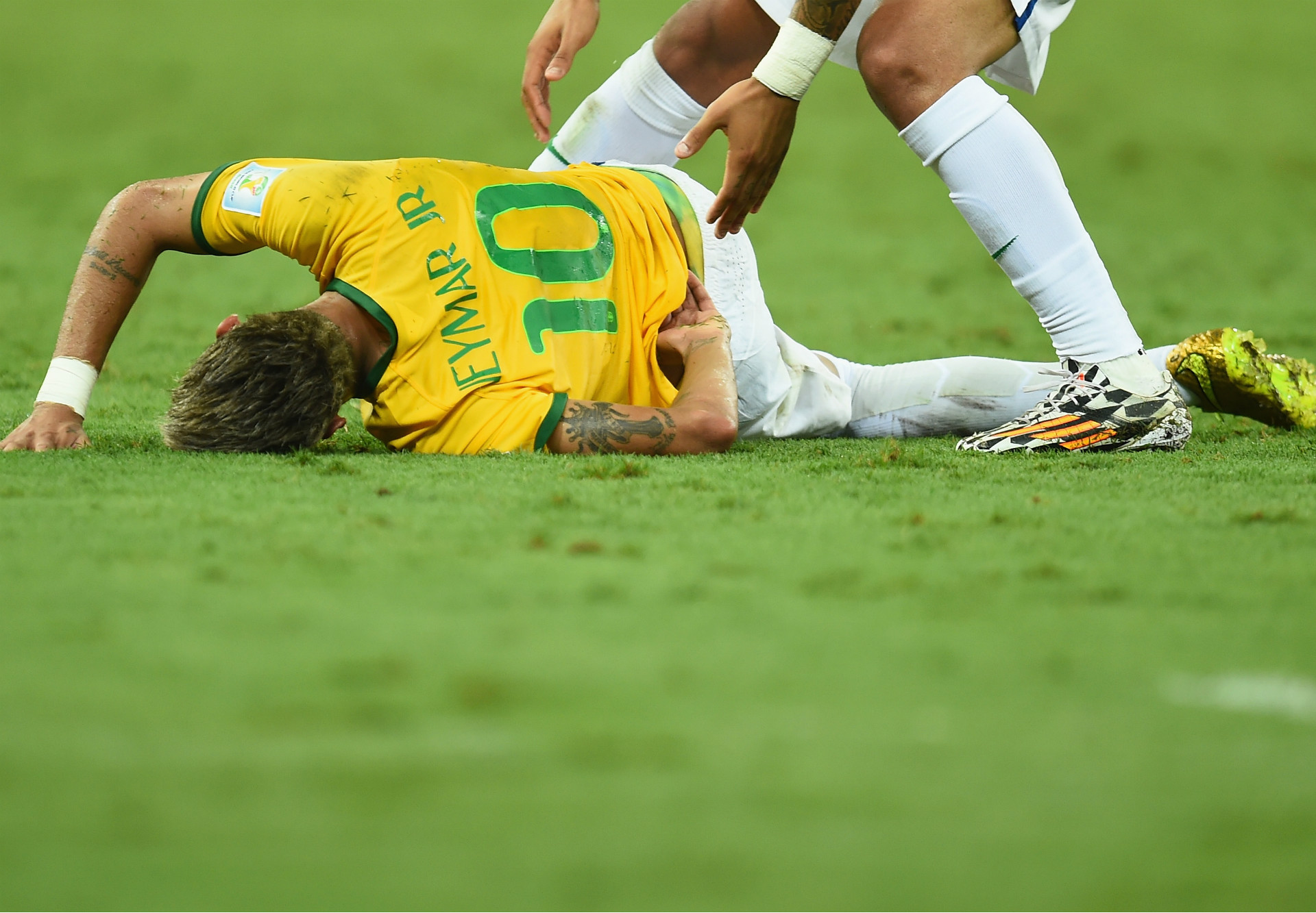 Neymar Brazil Colombia Injury 5