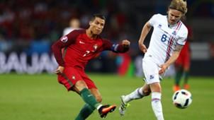 Cristiano Ronaldo Bjarnason Portugal Iceland Island EM 14062016
