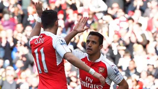 Mesut Özil Alexis Sanchez FC Arsenal 04172016