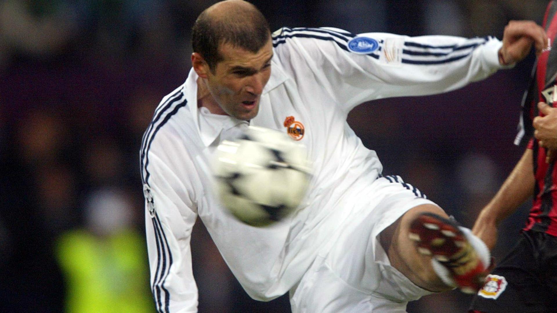 Zinedine Zidane Real Madrid Champions League 15052002