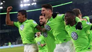 Mario Gomez Paul-Georges Ntep VfL Wolfsburg 210112017