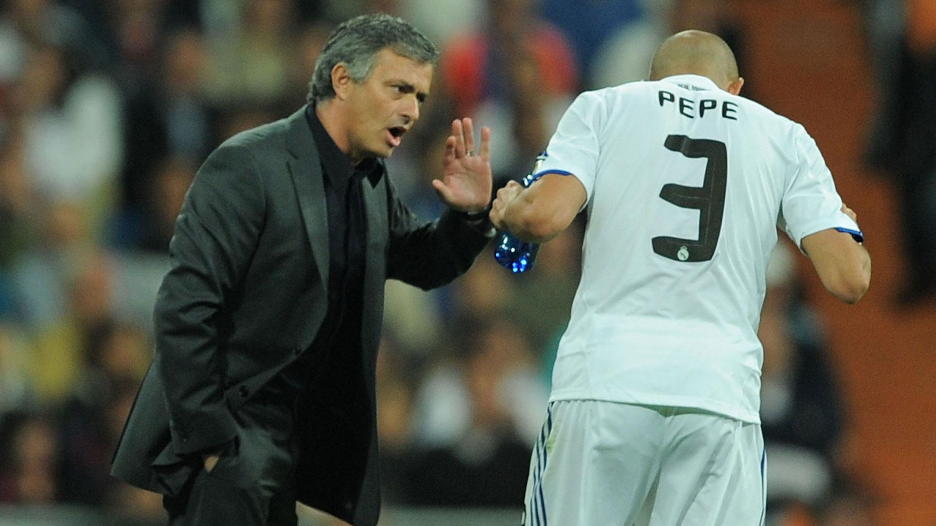 Jose Mourinho Pepe Real Madrid 16042011