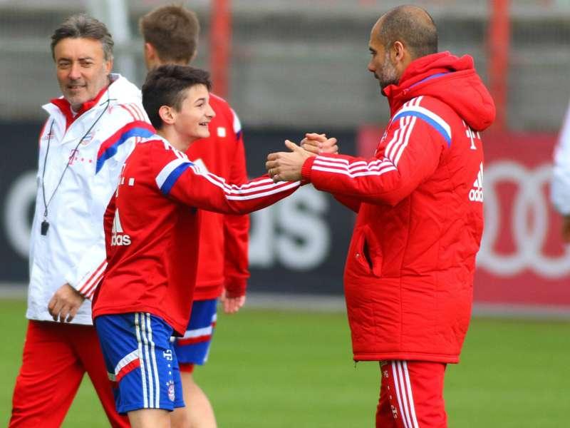 Guardiola invitó a un juvenil de 15 años para participar de la práctica