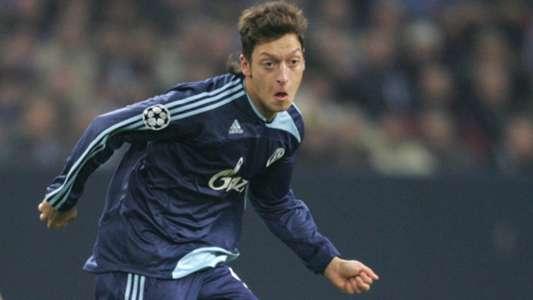 Mesut Özil Schalke 04 11122007