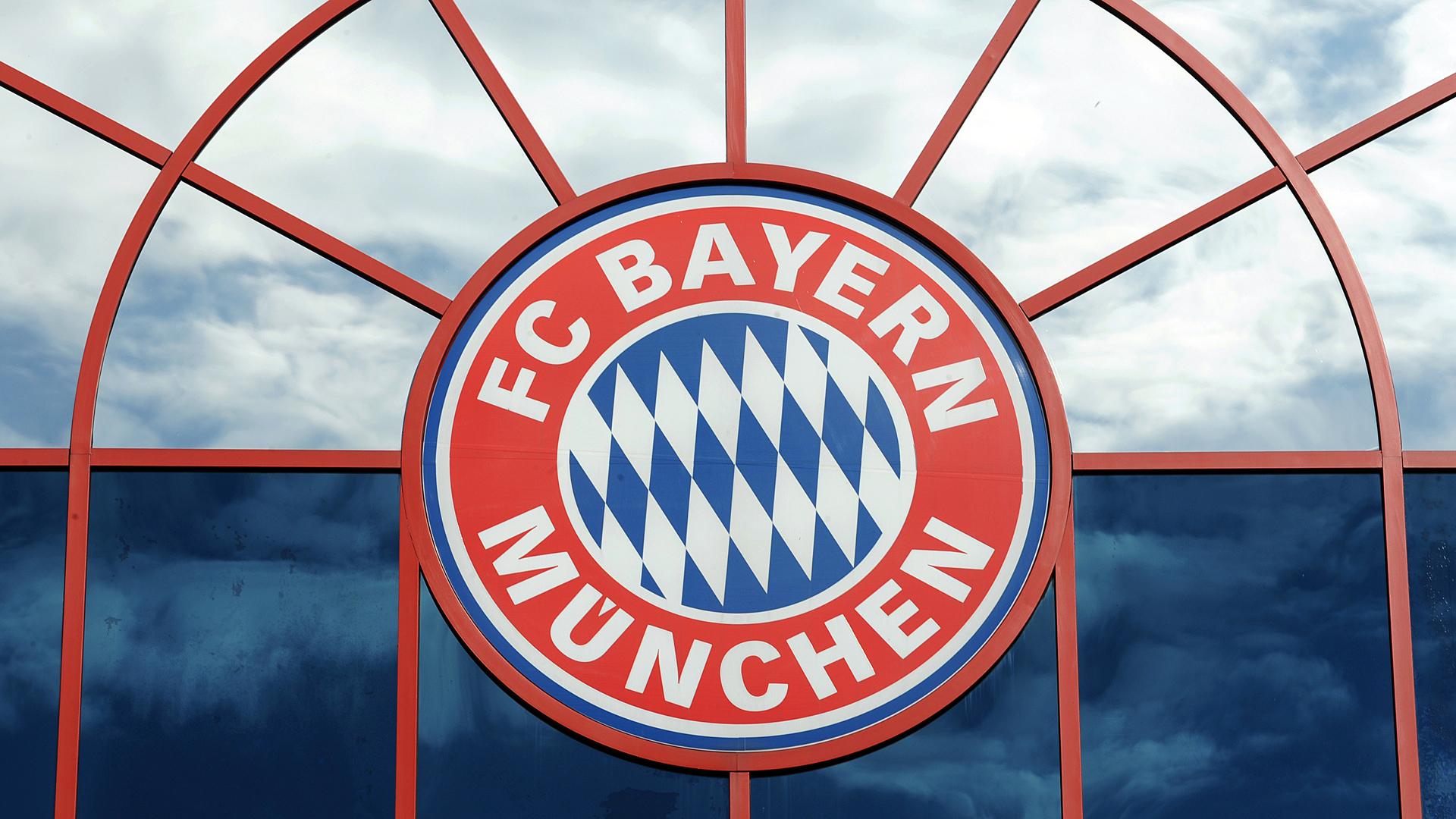FC Bayern Logo 08022010