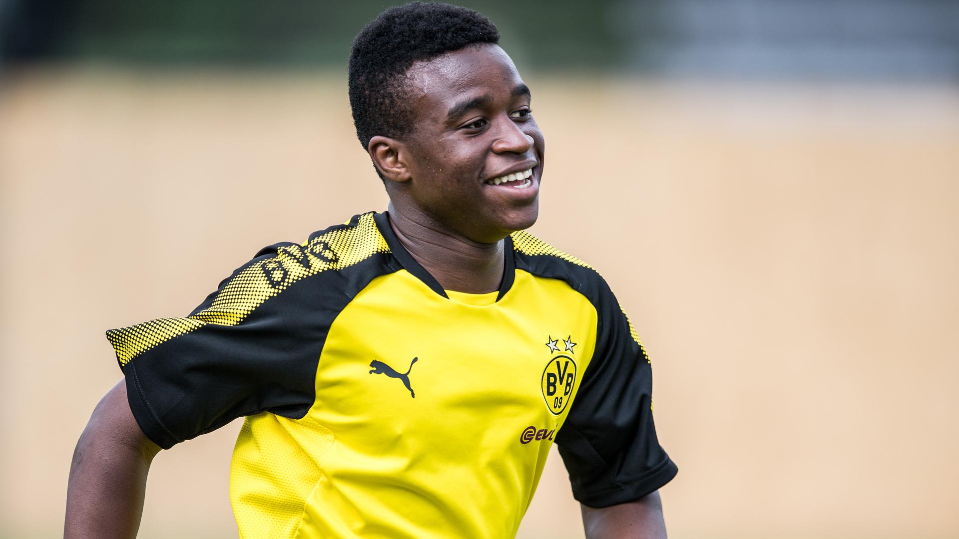 Youssoufa Moukoko Borussia Dortmund 15102017