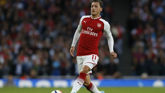 Mesut Özil Arsenal Premier League 11082017