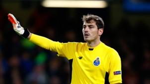 Iker Casillas 12092015