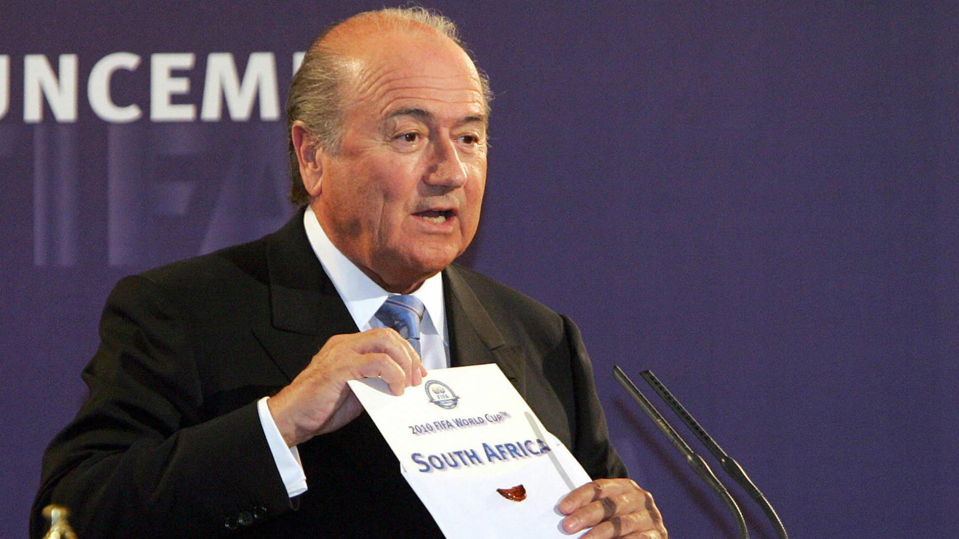 Ex-Fifa chief Blatter backs Morocco bid