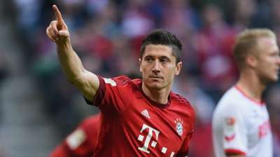 ROBERT LEWANDOWSKI BAYERN MUNICH GERMAN BUNDESLIGA 24102015