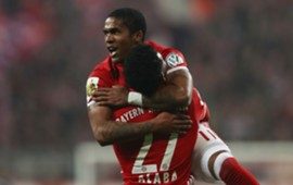Douglas Costa Bayern Muenchen DFB-Pokal 07022017
