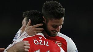 Mesut Özil Olivier Giroud Arsenal 122015
