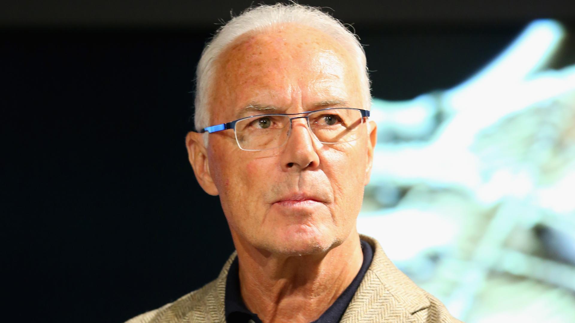 Lahm kritisiert Beckenbauer: