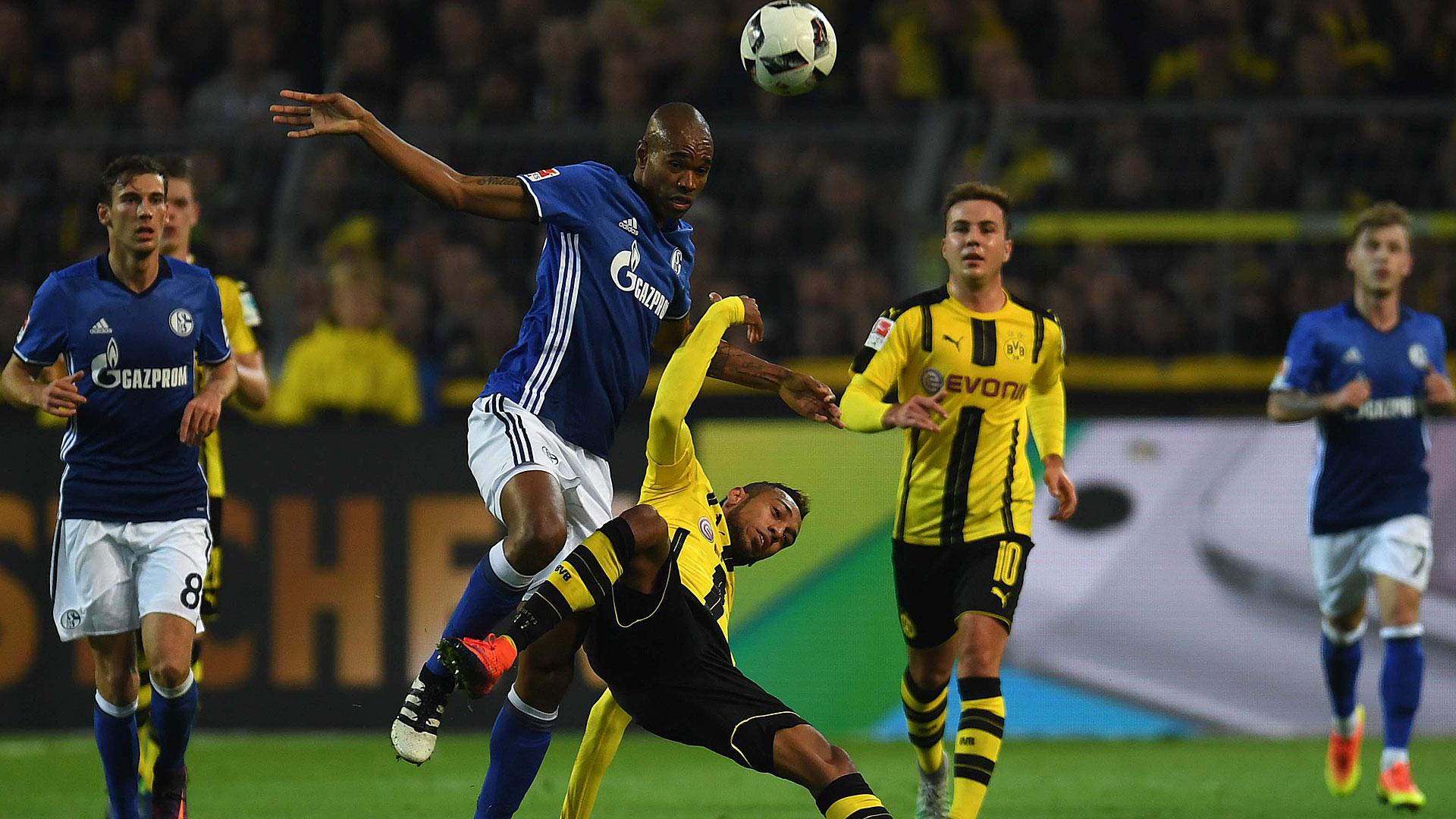 Naldo Schalke 04 Dortmund Bundesliga 29102016