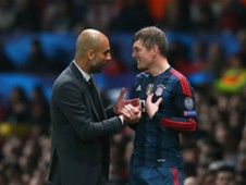 PEP GUARDIOLA TONI KROOS MANCHESTER UNITED FC BAYERN CHAMPIONS LEAGUE 04012014