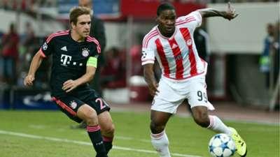 Ideye Brown Philipp Lahm Olympiakos FC Bayern Munchen Champions League 16092015