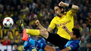 Neven Subotic v Alexis Sanchez Dortmund v Arsenal 09172014