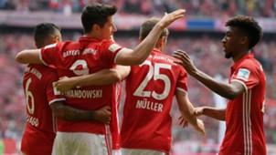 Thomas Muller Robert Lewandowski Bayern Munchen FC Augsburg Bundesliga 01042017