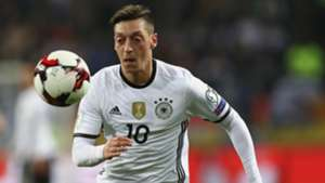 Mesut Özil Germany Czech Republic 102016