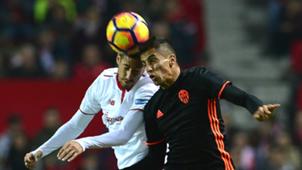 Sergio Escudero Joao Cancelo Sevilla Valencia La Liga