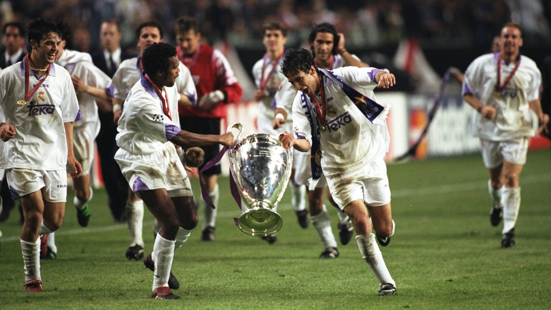 Cristiano Ronaldo y su GOLAZO contra Borussia Dortmund — Real Madrid