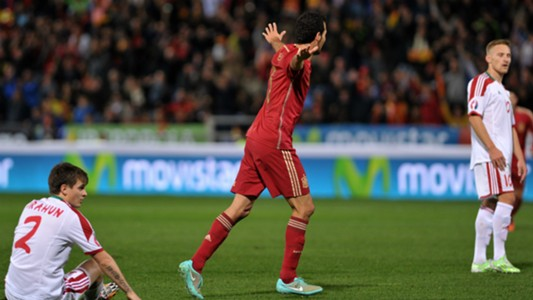 Sergio Busquets Spain Belarus Euro 2016 Qualifying 15112014