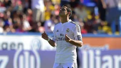 Chicharito Hernández Levante Real Madrid La Liga