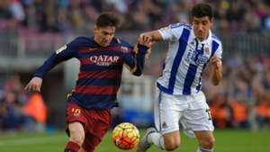Lionel Messi Yuri Berchiche Barcelona Real Sociedad La Liga 28112015