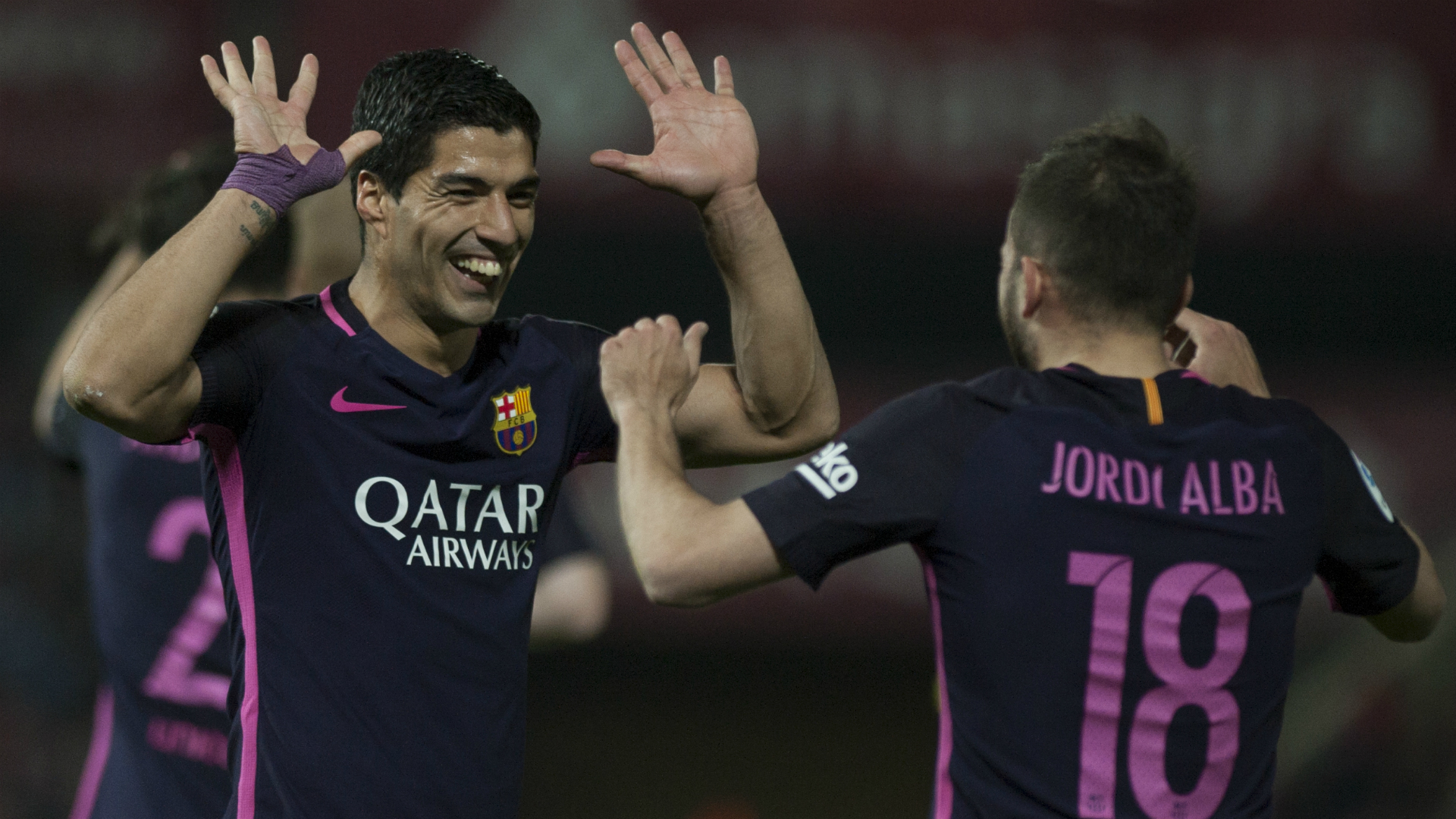 Luis Suarez Jordi Alba Granada Barcelona La Liga