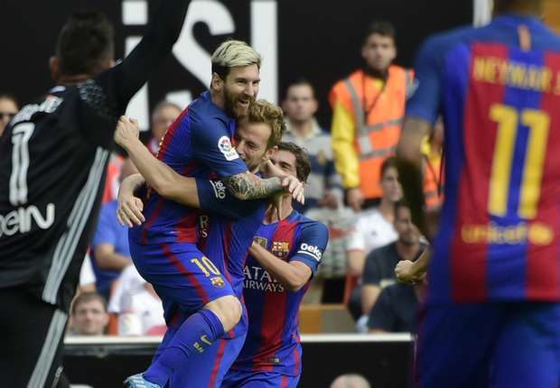 Image result for image valencia vs barcelona tanggal 23/10