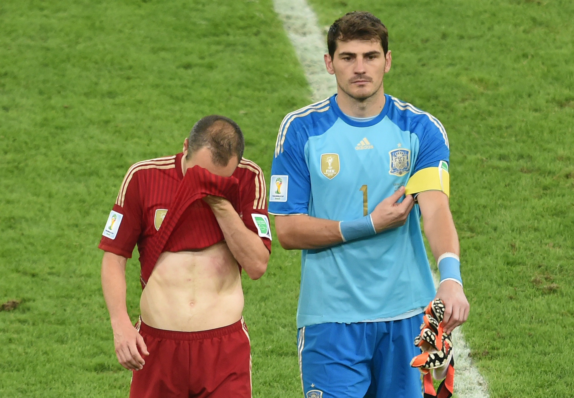 Andres Iniesta Iker Casillas Spain Chile 2014 World Cup Group B 06182014