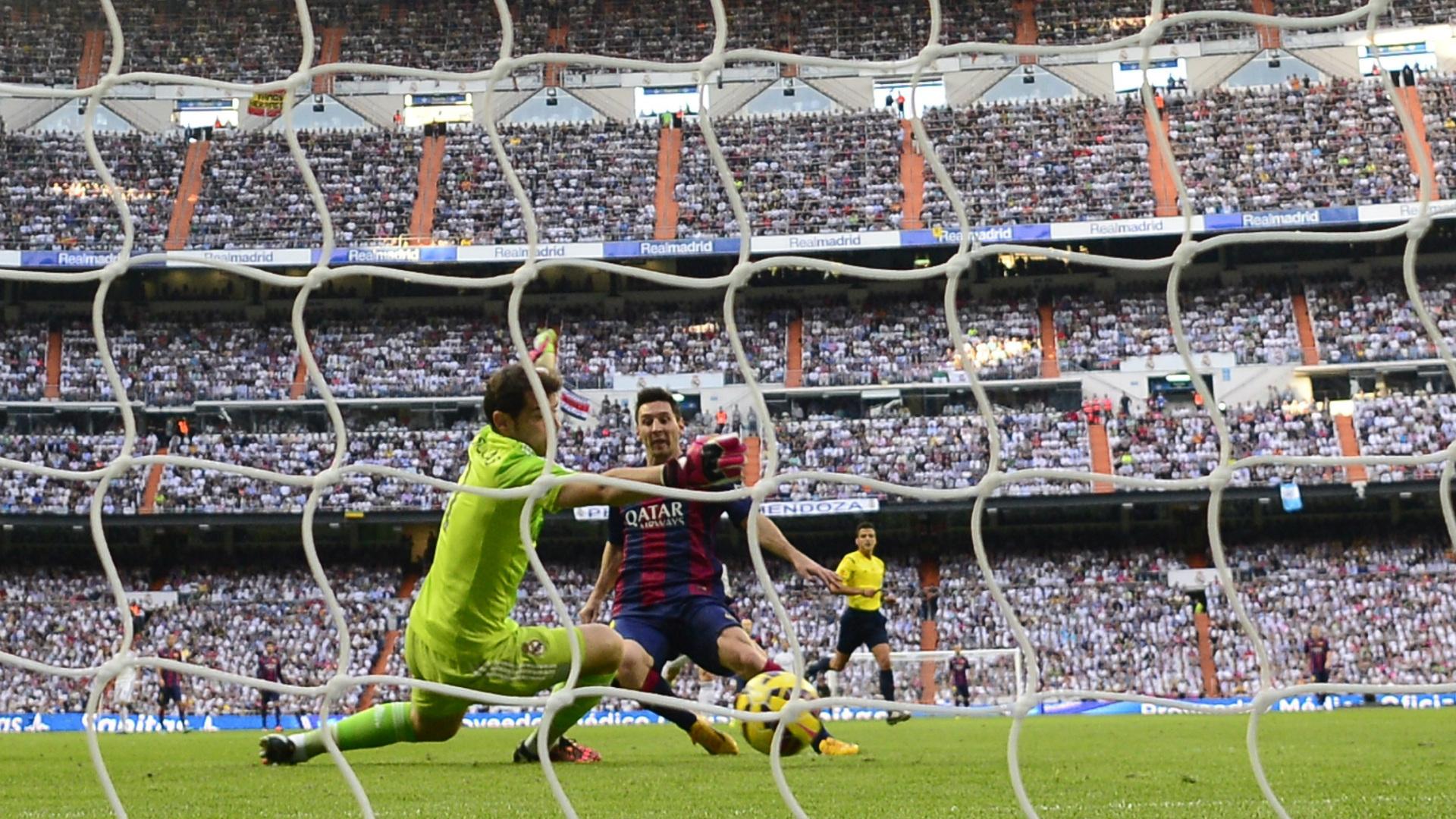 Iker Casillas Lionel Messi Real Madrid Barcelona El Clasico La Liga 10252014
