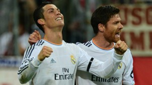 Cristiano Ronaldo Xabi Alonso Real Madrid