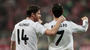 Xabi Alonso Cristiano Ronaldo