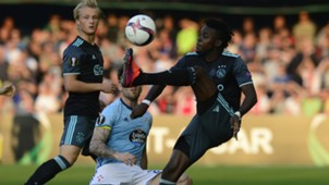 Bertrand Traore Carles Planas Celta Ajax Europa League