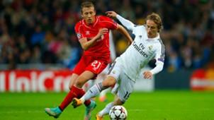 Lucas Leiva Luka Modric Real Madrid Liverpool UEFA Champions League 11042014
